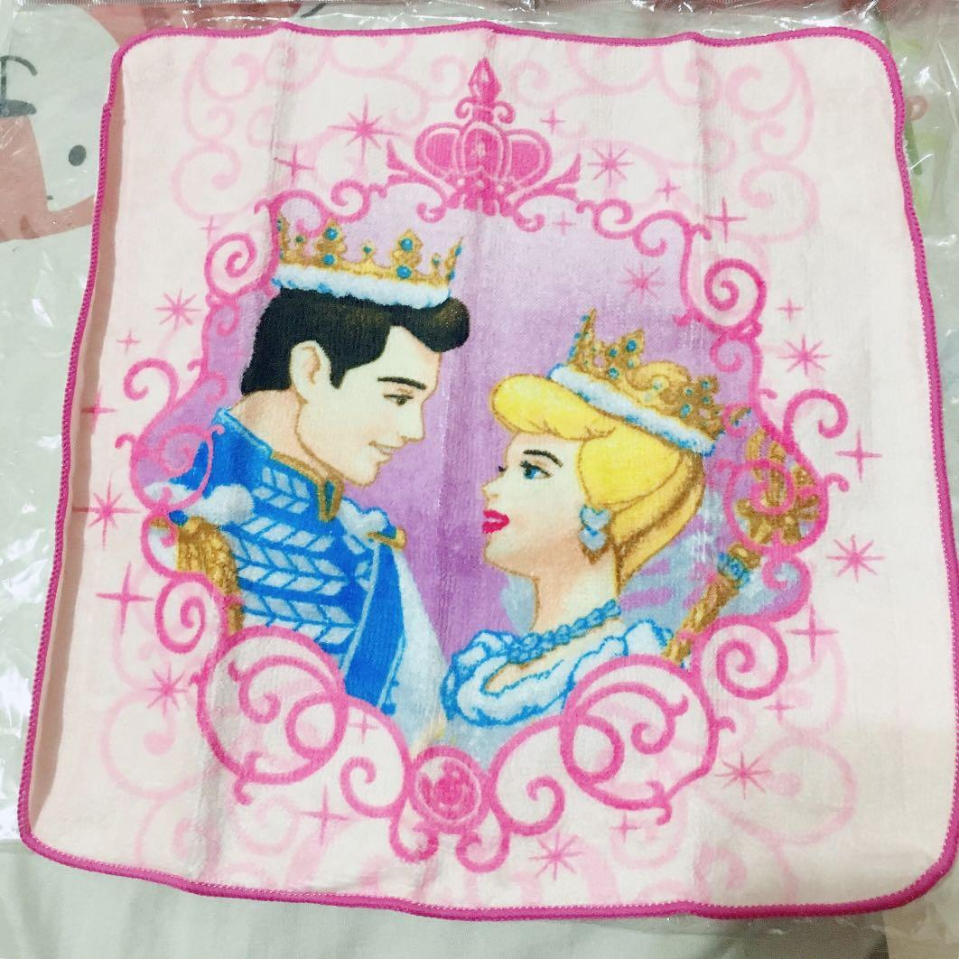 ❤️ab愛亂買❤️日本迪士尼 睡美人 美女與野獸 仙履奇緣 白雪公主 小方巾 共4款