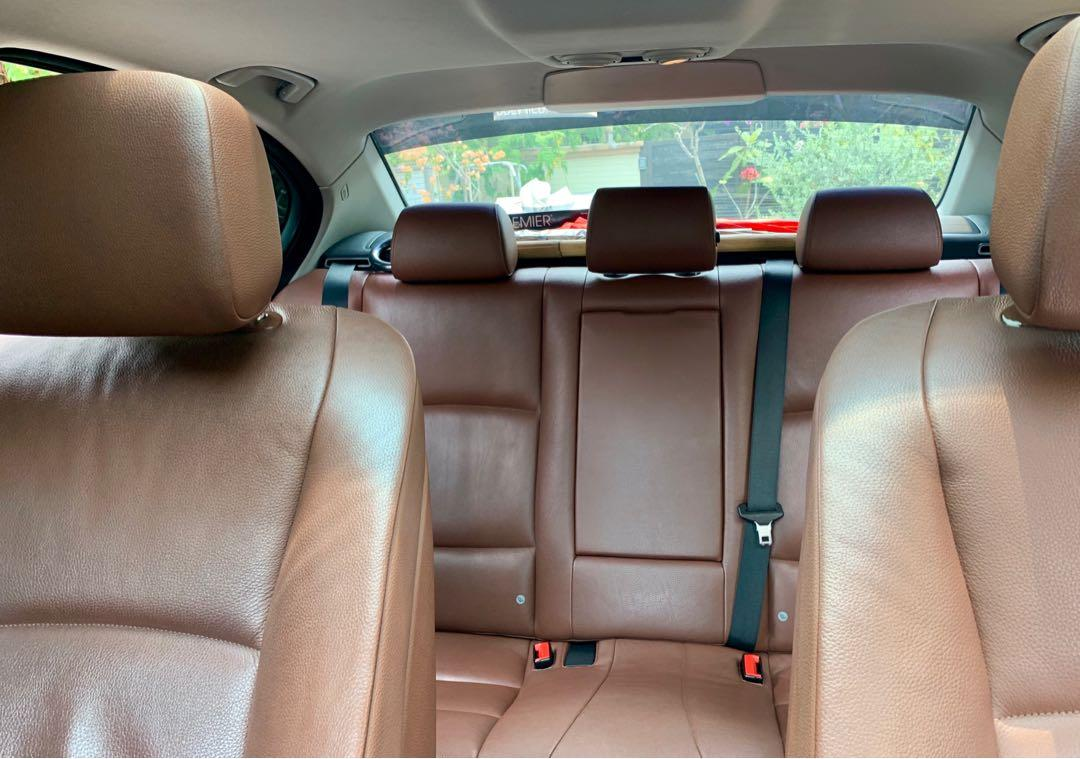 BMW 528i Sunroof (A)
