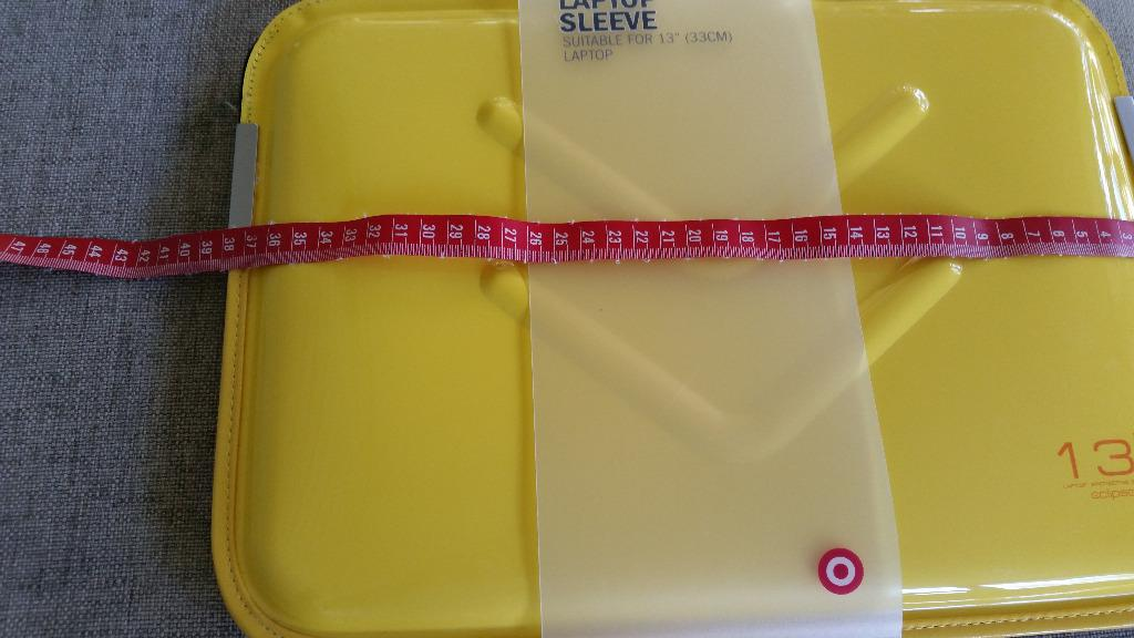 """BNWT Target Laptop Sleeve - Yellow for 13""""/33cm Laptop - great for Macbook"""