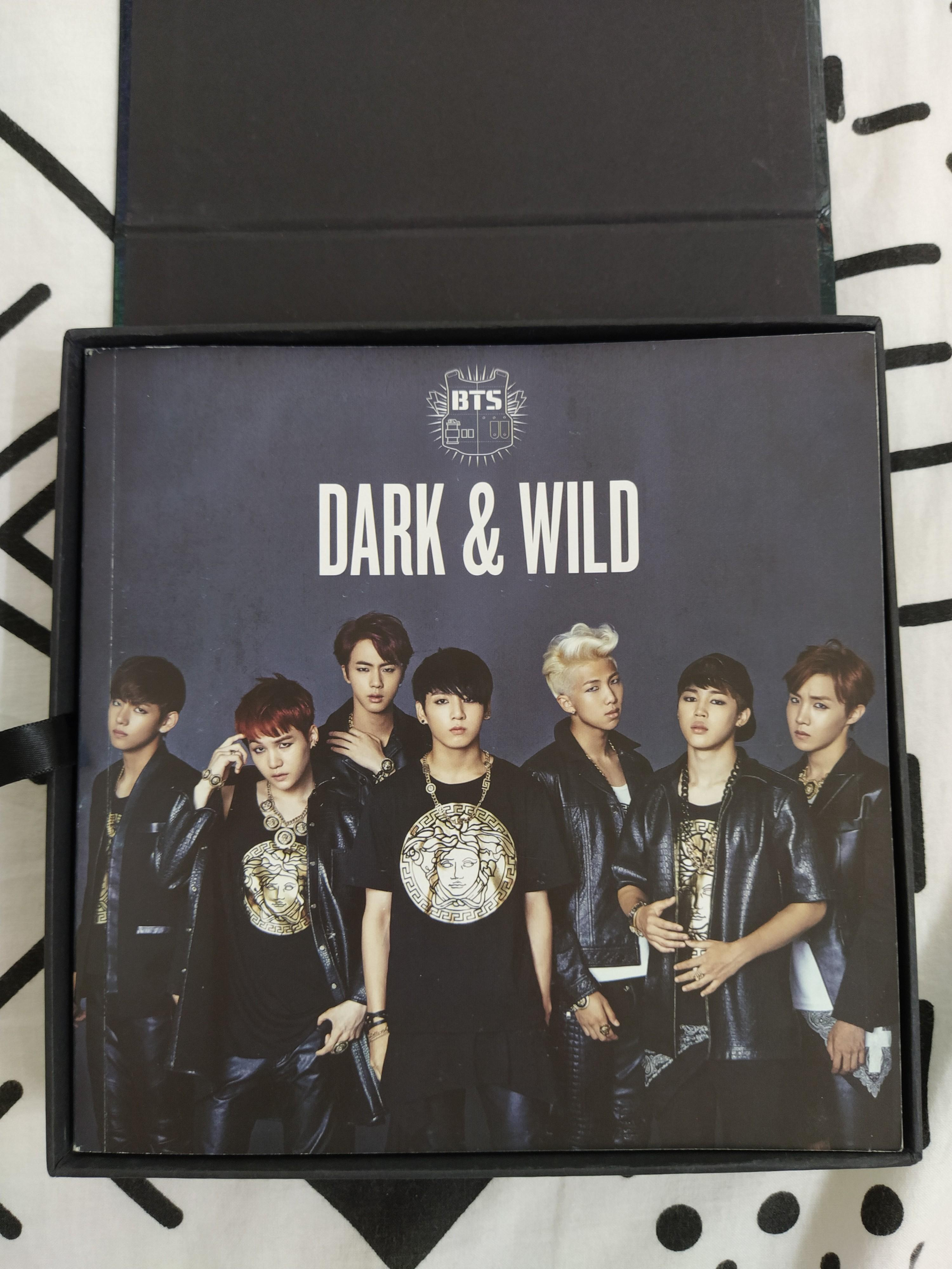 BTS DARK & WILD ALBUM