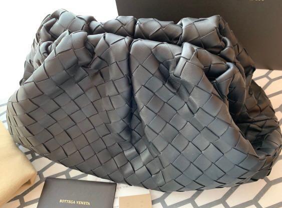 (售出)BV The Pouch 雲朵包, 黑色經典編織款