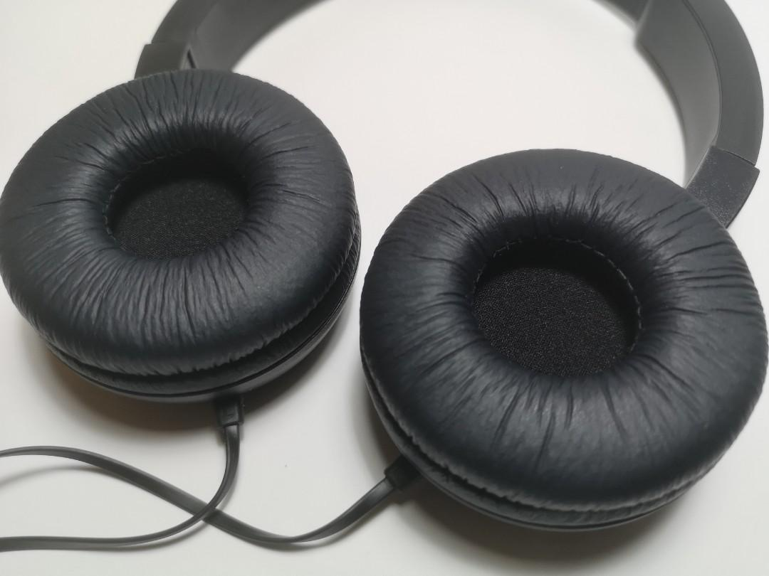 JBL T450 Headphone (9.9/10 like new)