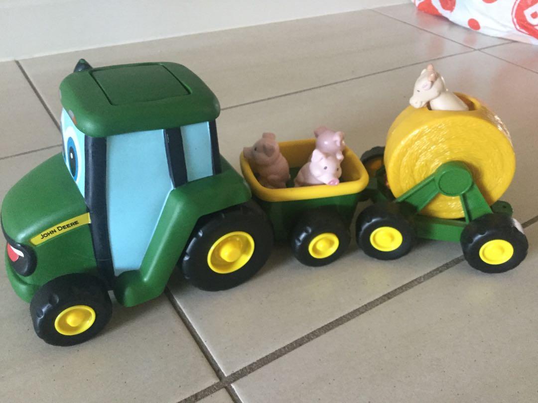 John Deere musical Country Fair wagon vgc