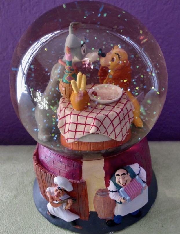 Lady and the tramp snow golbe小姐與流氓 音樂水晶球