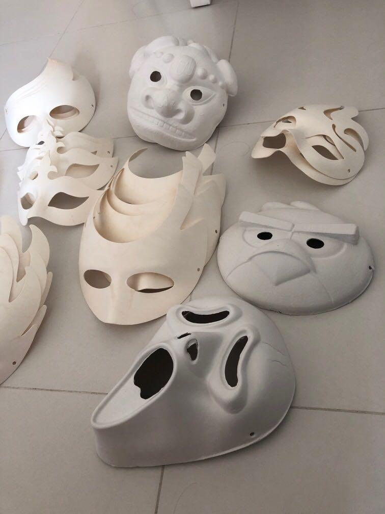 Make ur own masks Halloween party masks