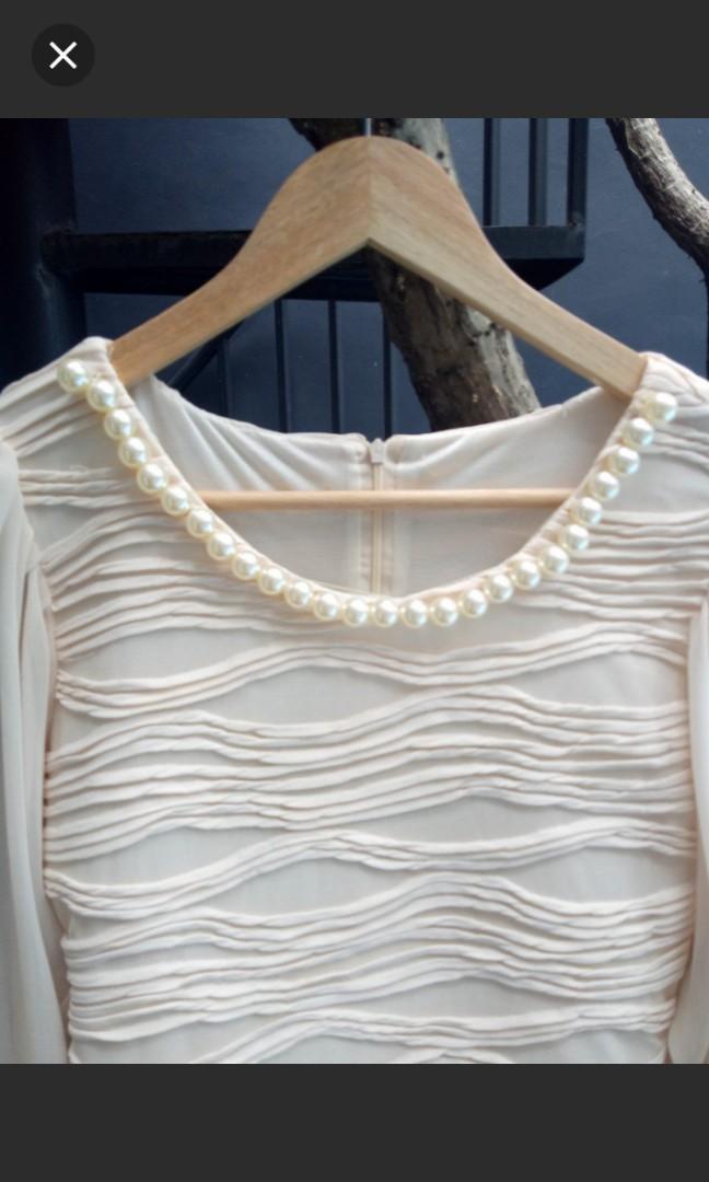 Mini dress classic vintage kalung mutiara