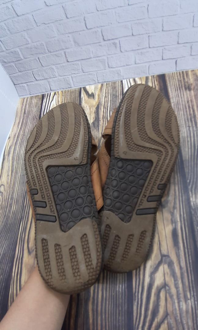 Sandal kulit pria crocodile