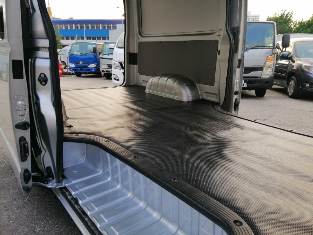 Toyota Hiace Rear Aircon
