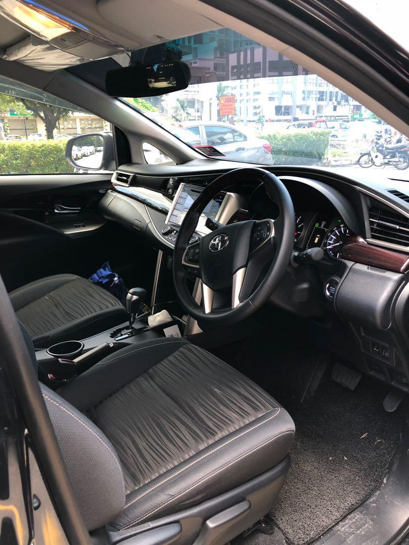 Toyota Innova 2.0G For Rent