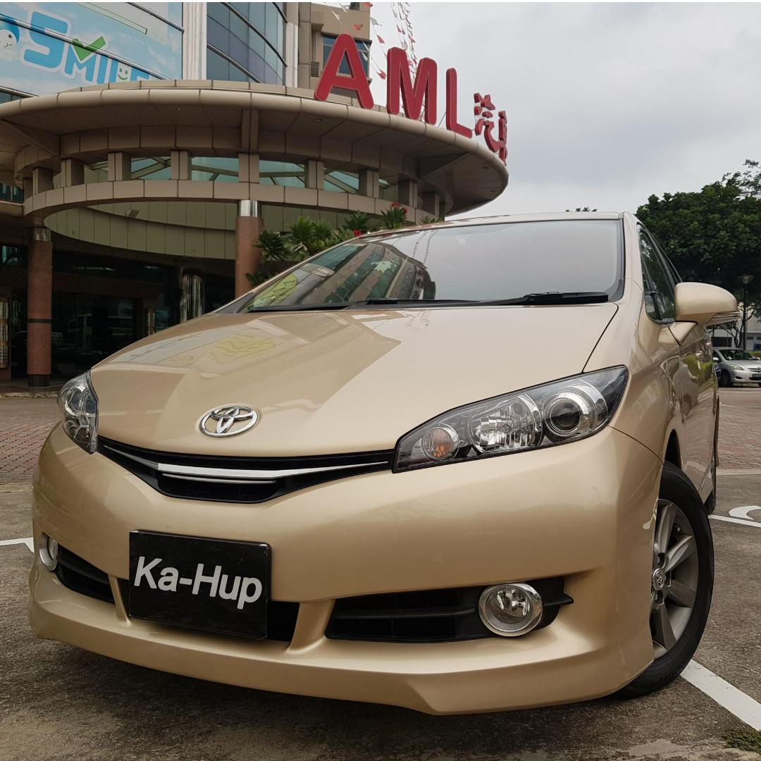 Toyota Wish 1.8 Elegance Auto