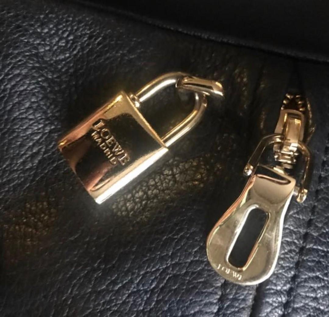*Used* Loewe cross shoulder handbag