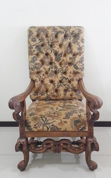 Vintage Antique Armchair 2