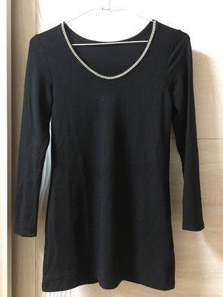 黑色 長袖 上衣 領口 鑽石 造型 裝飾