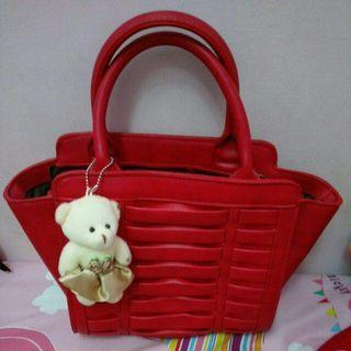 紅色手提包