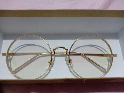 Kacamata Vintage Import - Round Glasses