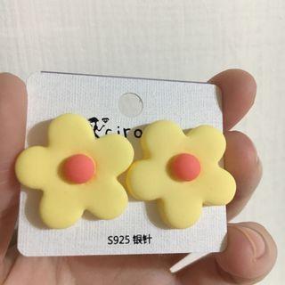 925 銀針 小花朵 耳環 黃花