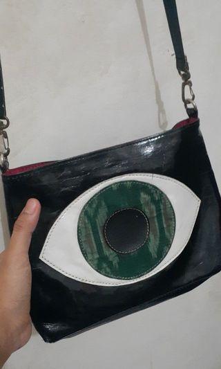 Sling Bag batik unik brand Manikan