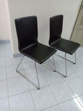 2 dining chairs in 200 RM,2 Ikea volfgang dining chairs