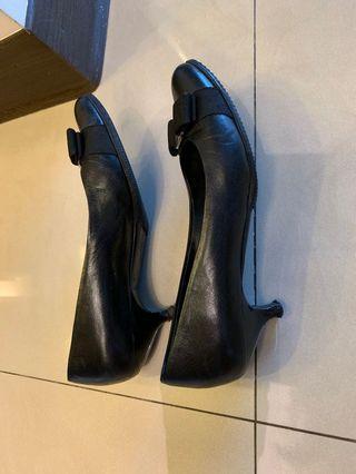 Ferragamo 正品低跟鞋