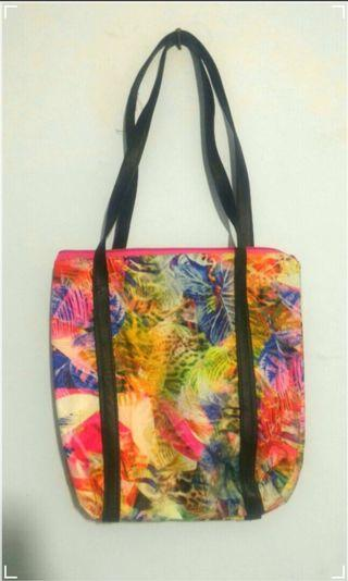 [BUY 1 GET 1 FREE] Tote Bag Faux Leather Floral FREE Tote Bag Canvas Jogja