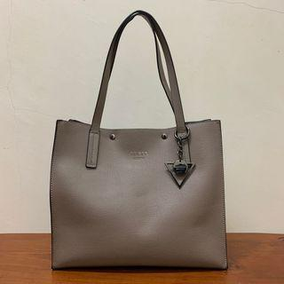 Preloved Original Guess Kinley Carryall Bag