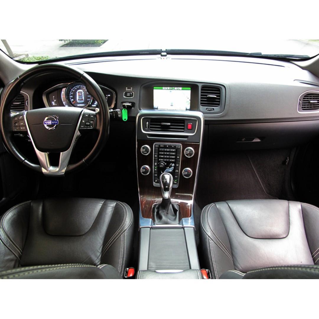 2014 VOLVO V60 旗艦版 ACC 車到偏移 盲點偵測 正一手車