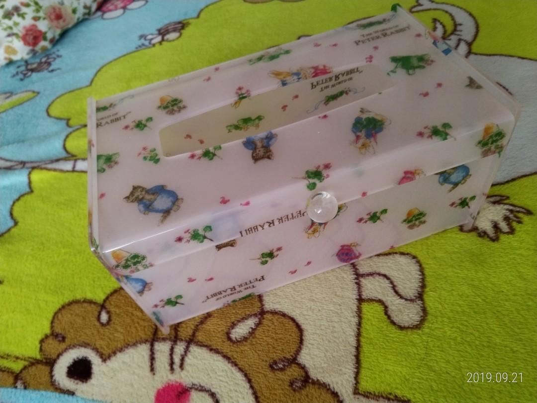 兔兔面紙盒
