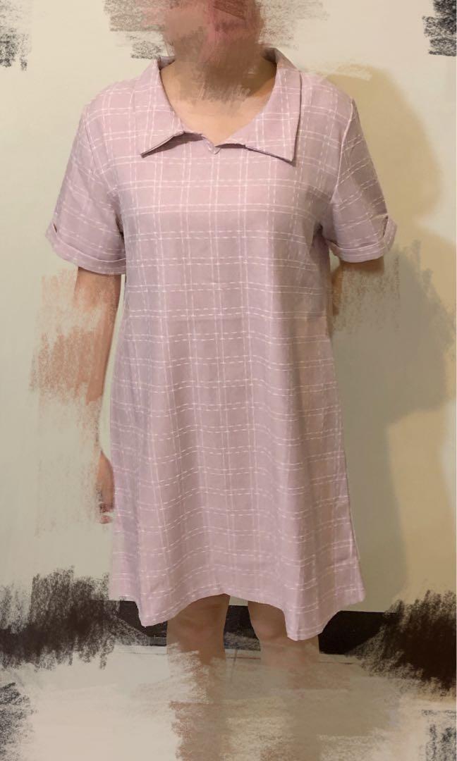 粉紅格子洋裝