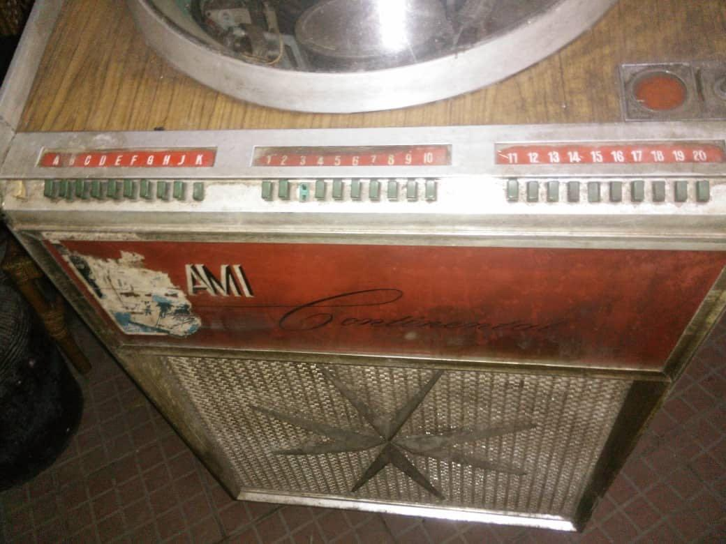 AMI JUKEBOX 1958