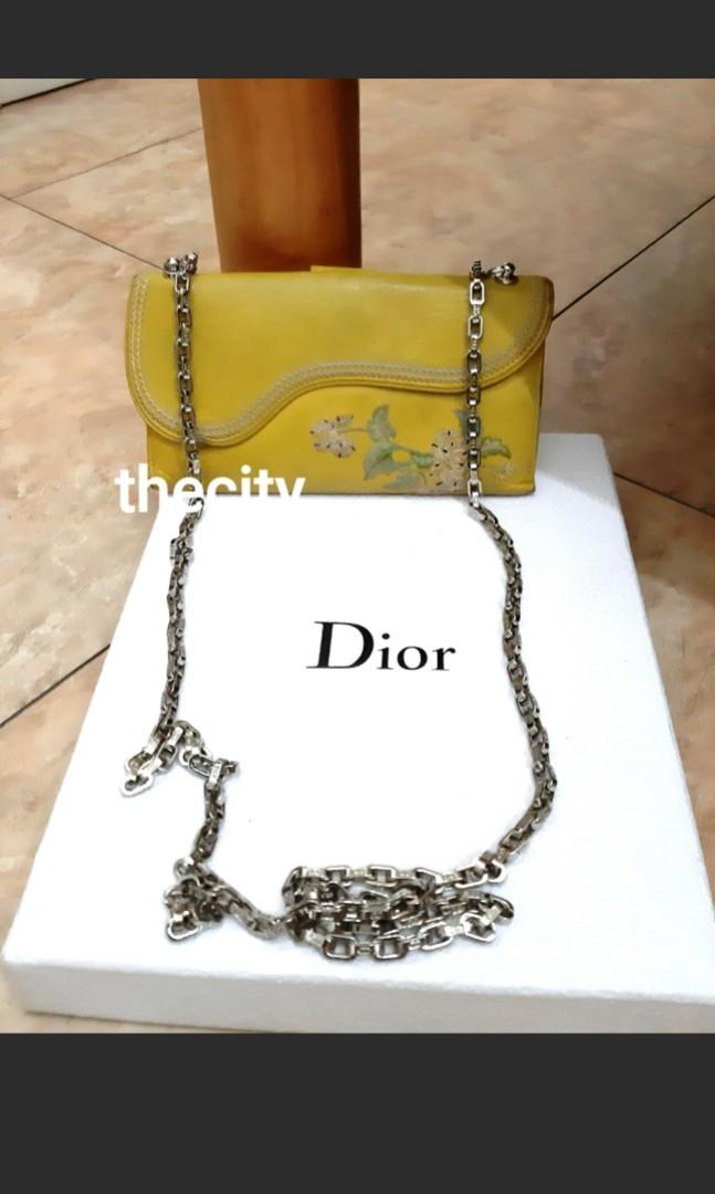 AUTHENTIC DIOR SADDLE ,  FLOWER DESIGN  WALLET - SILVER HARDWARE - OVERALL STILL GOOD - CLEAN POCKETS & INTERIOR - CLASSIC VINTAGE,   - COMES WITH EXTRA HOOKS & DIOR CHAIN STRAP FOR CROSSBODY SLING - (DIOR SADDLE WOC'S NOW RETAIL AROUND RM 5000+)