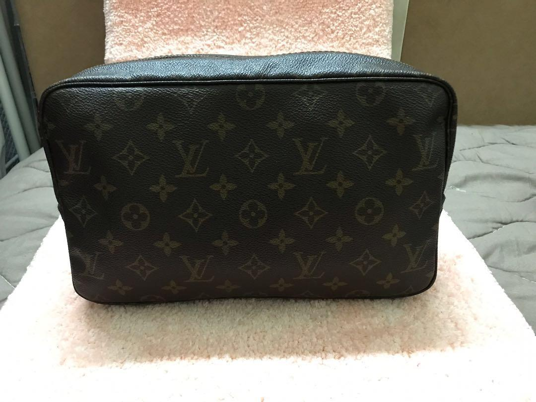 PROMO!!  Authentic Louis Vuitton Clutch Bag
