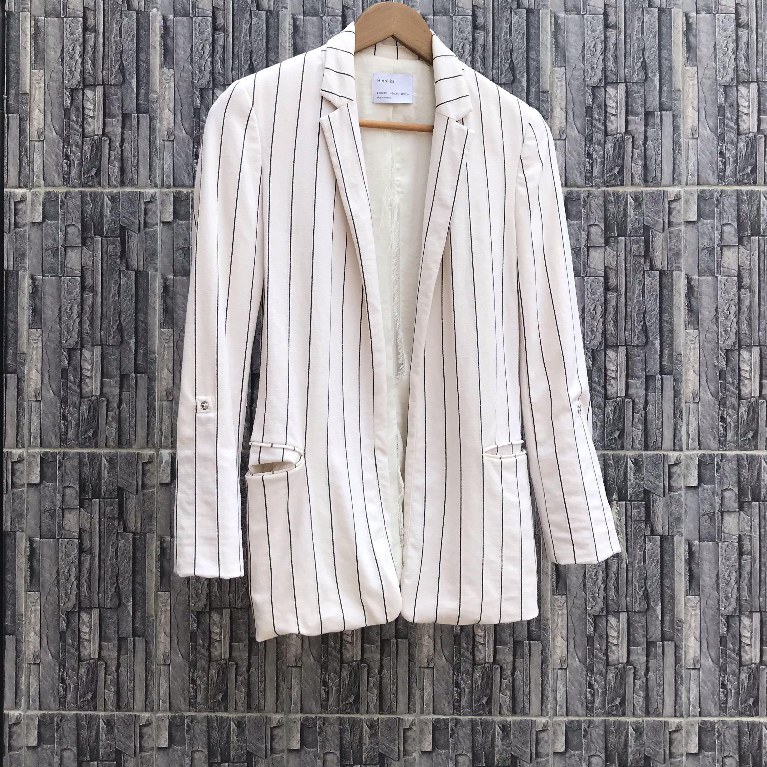 SALE Bershka White Pinstripes Blazer