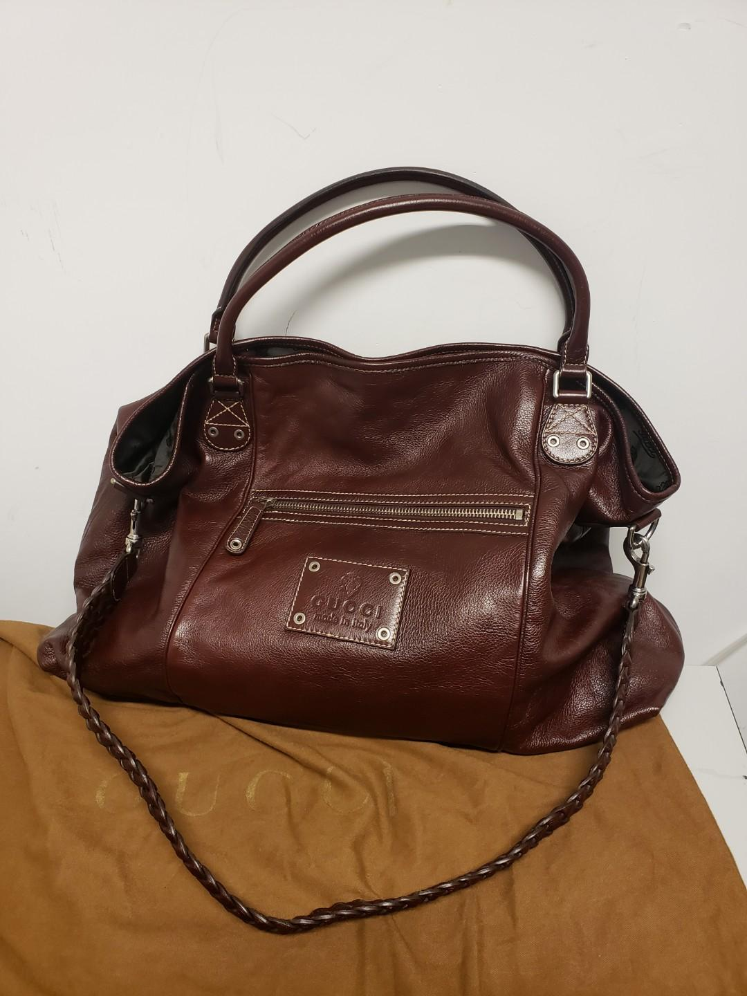 Gucci Leather Signature Extra Large