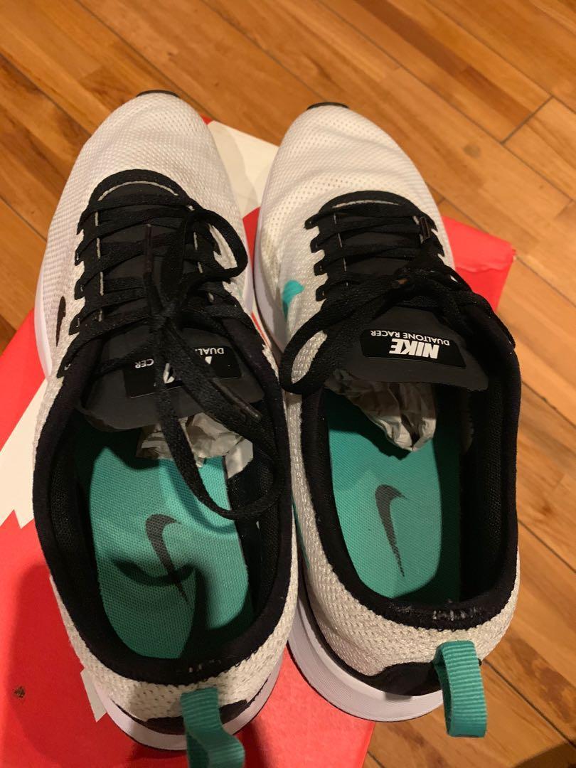 nike dualtone racer, Men's Fashion, Men's Footwear, Sneakers