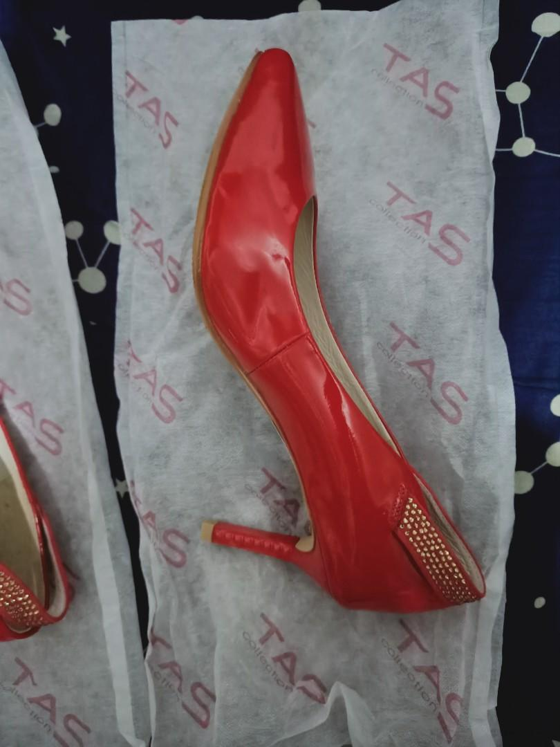 【全新】TAS漆皮紅色高跟鞋23號