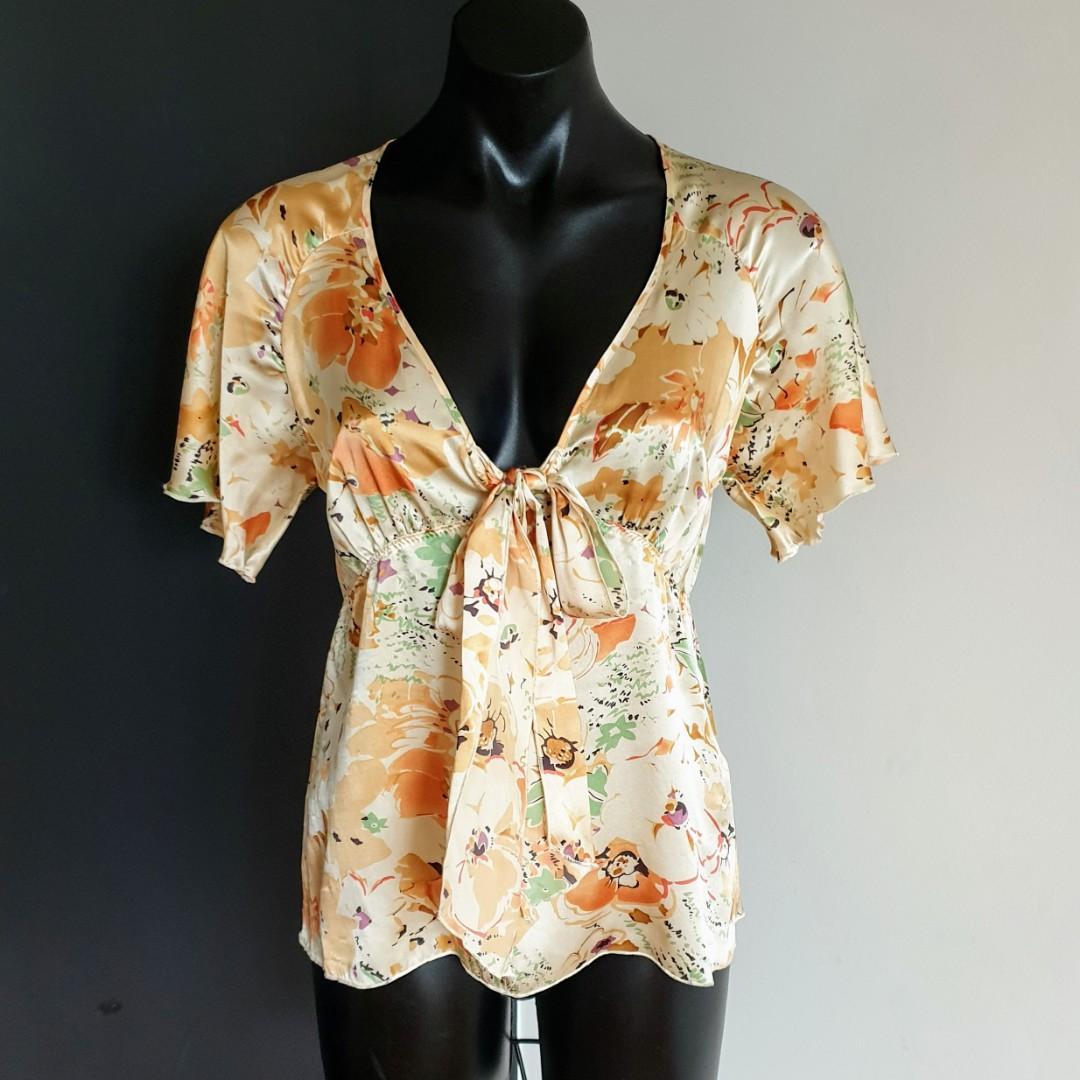Women's size 8 'KACHEL' Gorgeous multicoloured floral print silk blouse top - AS NEW