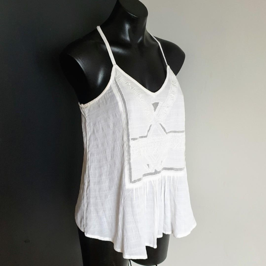 Women's size S 'ROXY' Gorgeous ivory racerback embroidered cotton top - AS NEW