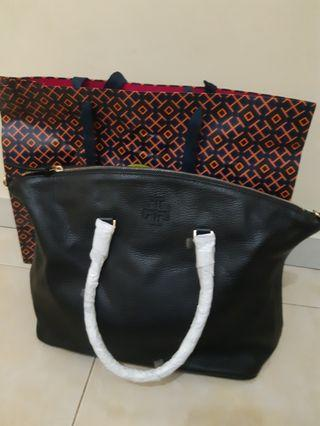 Tory burch TAYLOR SATCHEL NEW yaaa include paperbag handcarry USA