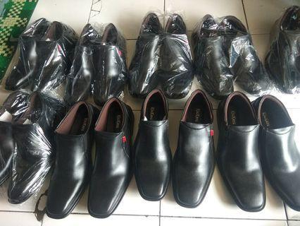 Sepatu Kickers KW