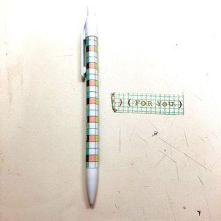🔥運費39🔥滿999免運🔥超可愛超好寫文青格子自動鉛筆