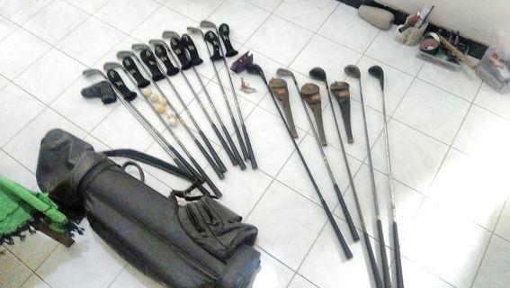 14 Stik Golf (Callaway, Mizuno, dll.) Beserta Bola, handgrip dan tas stick golf