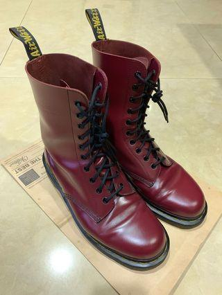 Dr.Martens酒紅10孔靴