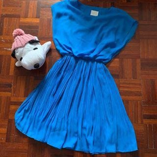 Little Turqoise Dress