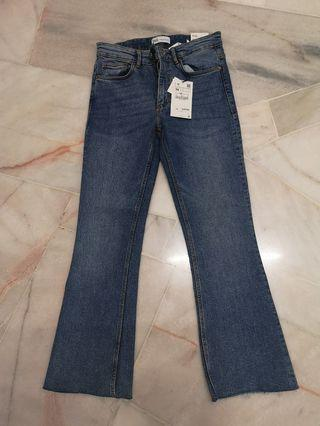 Zara Jean (Mini Flare)