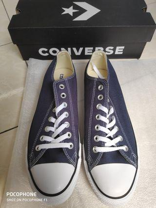 Authentic Converse Chuck Taylor (NEW)