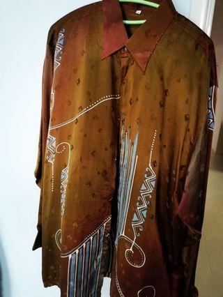 Kemeja batik sutera lelaki