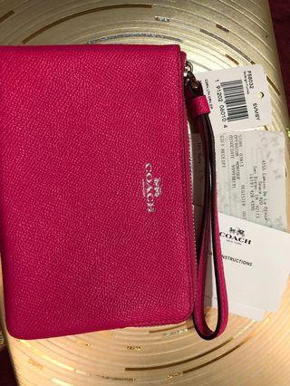 COACH 螢光粉紅 單層手拿包 1100免運