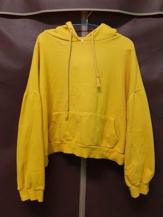 冬季落肩短版黃色帽t