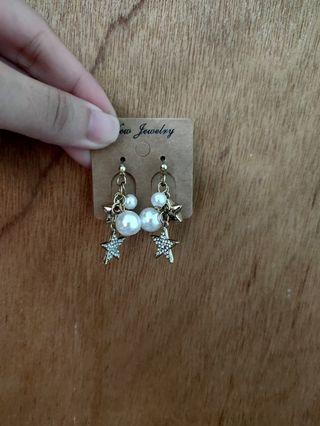 韓版珍珠星星耳環(耳針款)