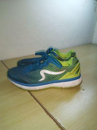 ZEPRO慢跑鞋,6成新,鞋碼27,嘉義至雲林都可面交